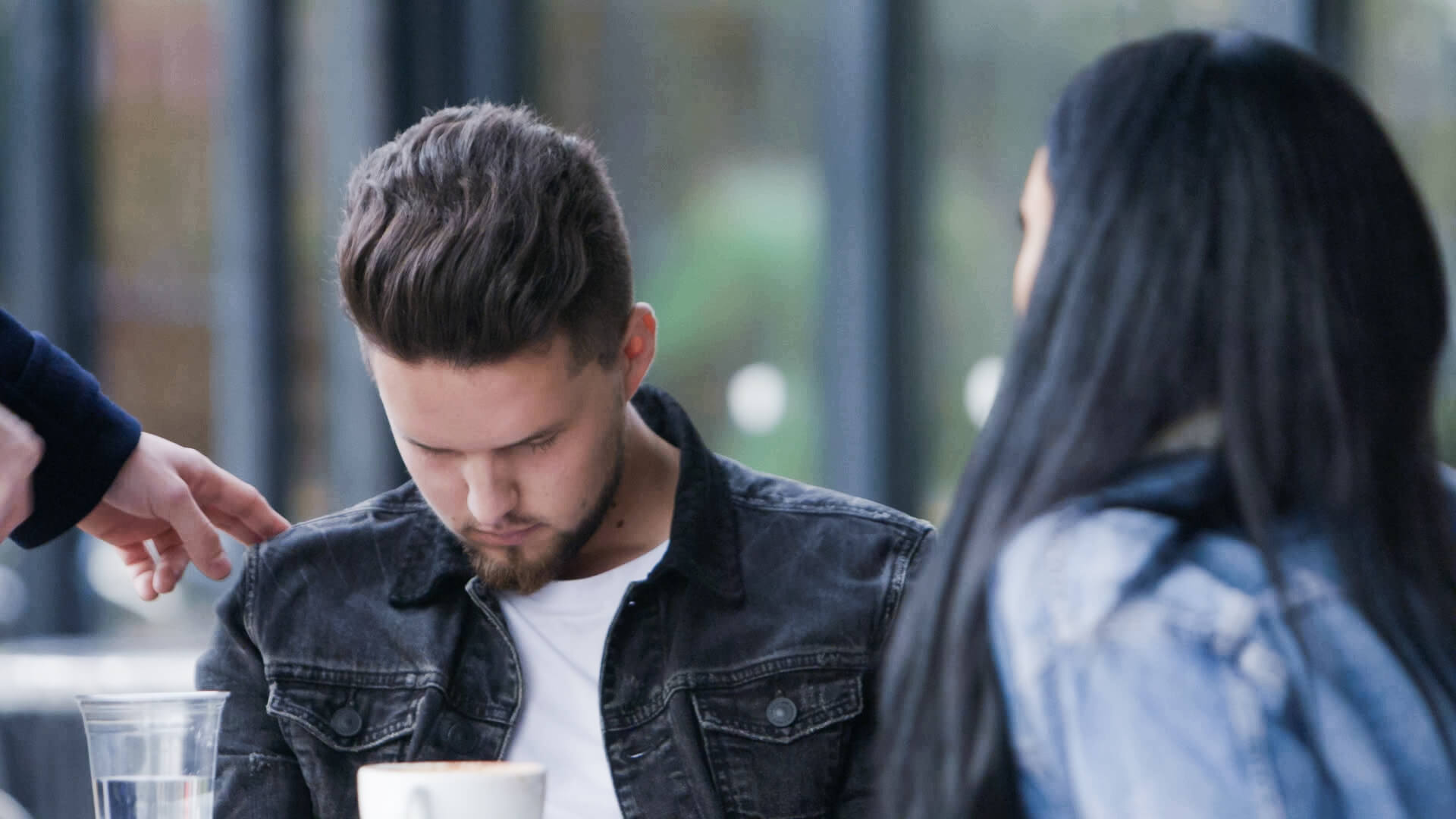 Aaron hypnotising man in new Channel 4 TV show Hello Stranger