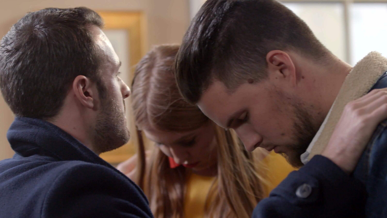 Hello Stranger Channel 4 couple hypnotised by hypnotist Aaron Calvert together